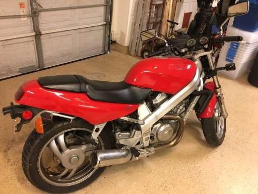 1989 Honda HAWK NT650 In Kemah TX