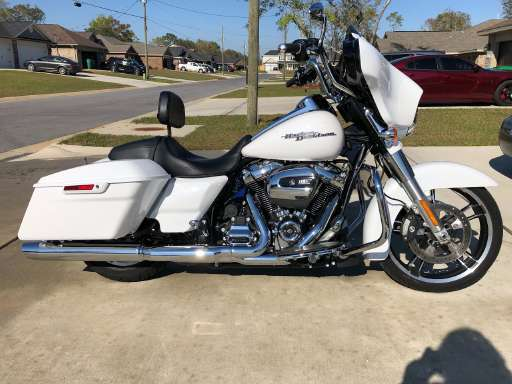 40ba283fca4 2017 Harley-Davidson STREET GLIDE SPECIAL in Mary Esther
